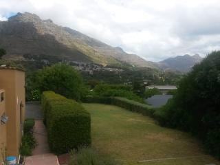 Studio garden flat on magnificent property, Hout Bay