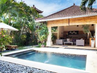Villa Esmee 2 BR On Central Seminyak