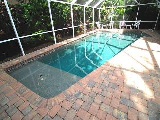 Summer Special! Captiva Village area home with pool