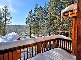 Karl - Adorable condo across from the Tahoe Donner Rec Center - Walk to Pool