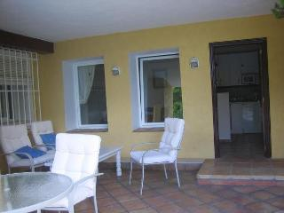 APARTMENT BESIDE POOL, Altea la Vella