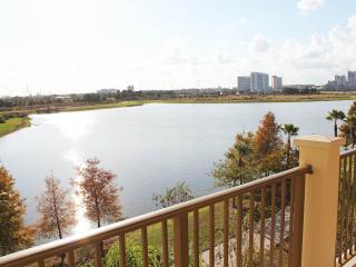 Villa Sogna Vista Cay Lakefront/Penthouse Condo O