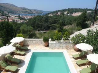Deluxe Kassiopi Villa with prime, private location