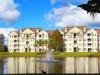 Cane Island - Luxuriously Decorated Condominium, Kissimmee