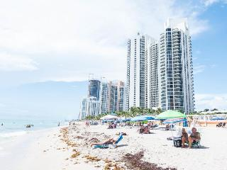 Superb One Bedroom on Sunny Isles