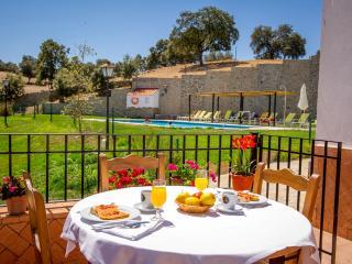 Gran casa con spa, piscina y terraza, Fuentes de Andalucia