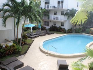 STEPS TO THE BEACH, UNIQUE 1BR LOFT IN THE HEART OF KEY BISCAYNE, POOL, PARKING