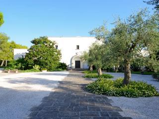 Salento Villa Buia, Lequile