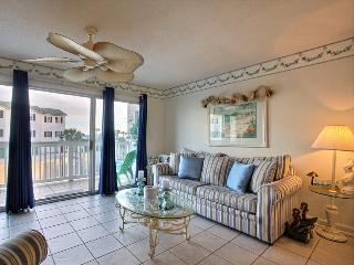 Wonderful Tybee Island Vacation Rental! Great Location, Close to Restaurants, Shops, and Beach!, Savannah