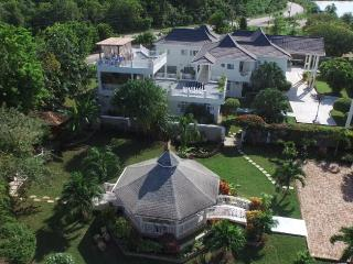 Oceanview elegance with top level amenities and service!, Discovery Bay