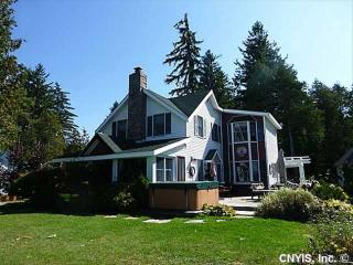 Waterfront Home in Thousand Islands, Alexandria Bay