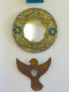 Mexican folk art dots Nido de Pájaros.