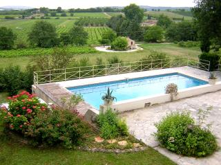 Stone Villa with Views of the Luberon Near Gordes - Villa Amelie, Coustellet