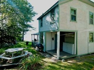 JOHNS COTTAGE | MCKOWN POINT | JUNIPER POINT ASSOCIATION | OCEAN FRONT | OCEAN