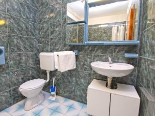 Apartment 2200, Valbandon