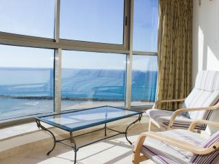 Luxury 3 Bedroom flat - Carmel Beach Resort, Haifa