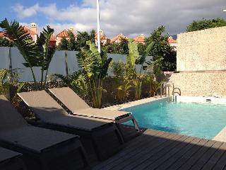 Luxury Villa in Playa del Duque! First Line!