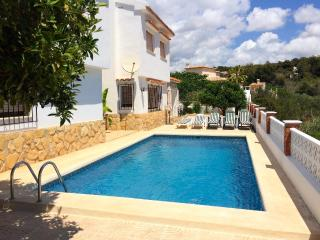 Villa with garden,views Beniss, Calpe
