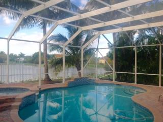 Great 5 ch villa piscine privee Jensen Beach lake