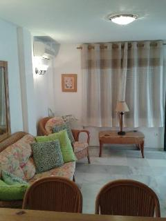 Lounge: aircon, cable TV, DVD player, sofa bed, access to terrace