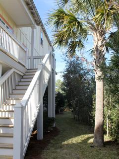 Quiet, resort-style, end unit Townhome - Beautiful and relaxing