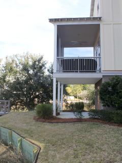 Bottom level and main level porches - located on river inlet
