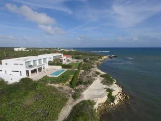 WEDDINGS, FAMILIES Enjoy 2 Full Oceanfront Villas!, Anguilla