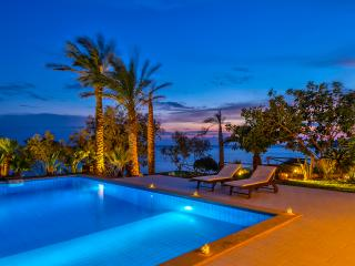 Villa SouthCrete - Executive Seaside Villa, Makry-Gialos