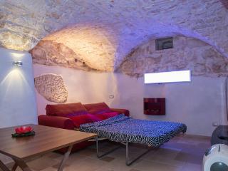 casa vacanza monolocale grotta coppia mare ostuni, Ostuni