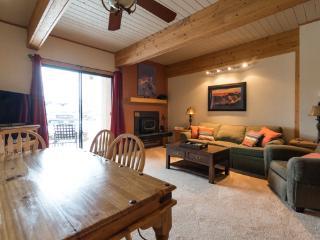 Living Room 3 - Storm Meadows Club B - 218