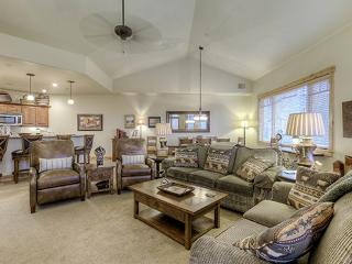 6302 Bear Lodge, Trappeurs, Steamboat Springs