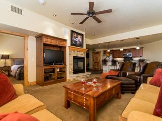 6102 Bear Lodge, Trappeurs, Steamboat Springs