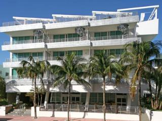 De Soleil South Beach Hotel on Ocean Drive
