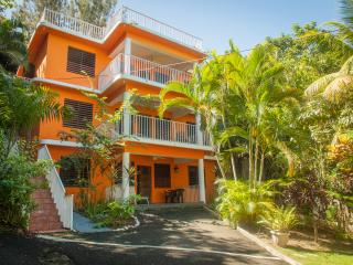 Casa Bianca - At Sandy Beach, Rincon