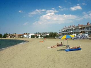 Sun, Sea, Rest & Views.. 100m walk to sandy beach!