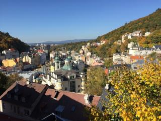 VIEW LIKE FROM EAGLES NEST   For 3 people, Karlsbad