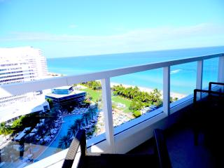 Fontainebleau Miami Beach Hotel Luxury