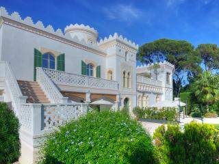 La Villa Mauresque, sea front property