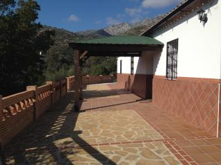 Quaint and Sunny Country Cottage, Cortes de la Frontera