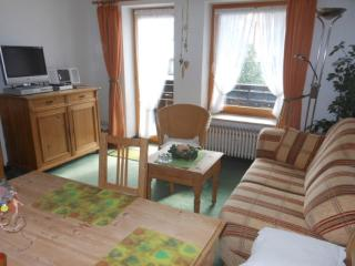 Vacation Apartment in Oberstaufen - 409 sqft, comfortable, spacious, quiet, Steibis
