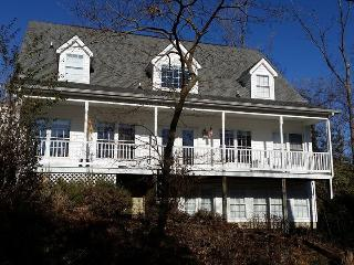 DREAM FAMILY HOUSE ON THE POTOMAC RIVER, Montross