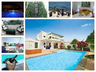 3 Beds  2 Bath with Salt water heated pool & Spa, Playa Blanca