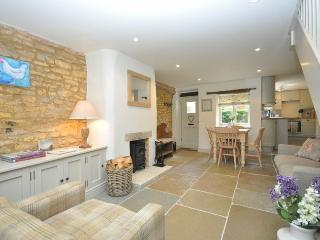 28292 Cottage situated in Bourton-on-the-Water