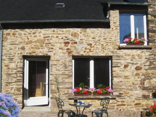 The perfect base for the perfect holiday(sleeps 4), Reminiac