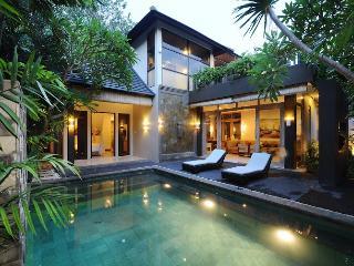 2 Bed Ayanna Villas complex 4 min frm Echo Beach, Canggu