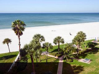 Luxurious Beachfront Condo at Redington Towers, Redington Shores
