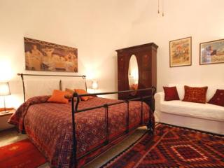 Charming double room near Vatican Museums