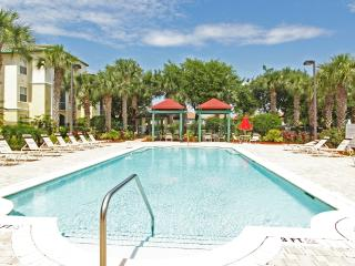 Ground Floor 4 Bedroom Condo with easy access, Kissimmee
