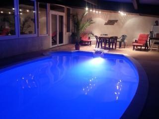Gite le tacot 3 étoiles espace détente et piscine, Besançon