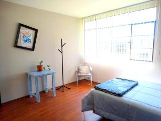 Departamento para estadías medianas y largas, Quito